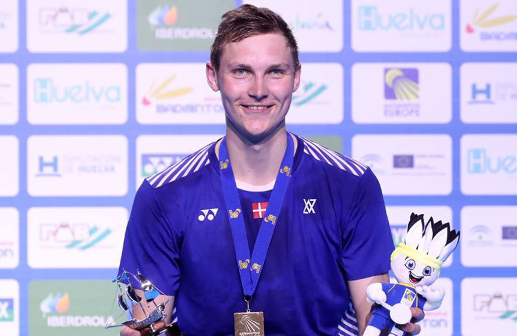 Viktor-wins-European-Championships-1027-667